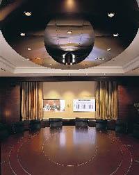 High-tech отель InterContinental в Торонто