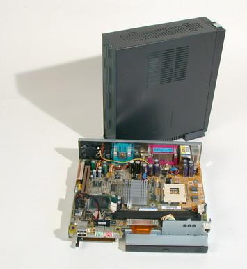 TA4: ����� Mini-PC �� Gigabyte