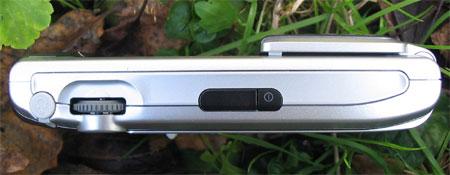 Sony Ericsson P910i - левый торец
