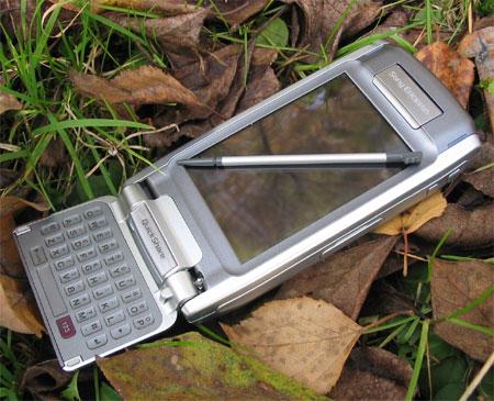 Sony Ericsson P910i - стилус