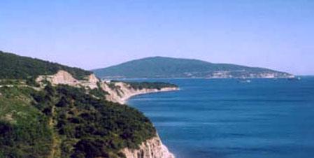 Land in Catania on the coast
