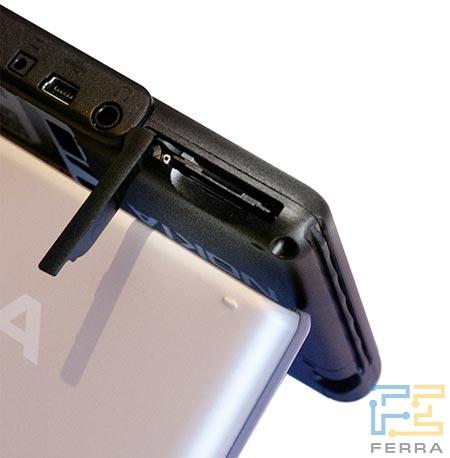 Nokia 770: слот карты памяти