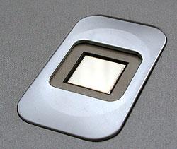 сенсор для считывания отпечатков пальцев