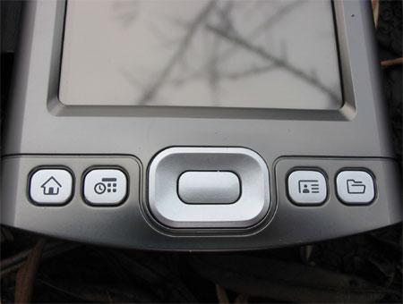 palmOne Tungsten T5 - аппаратные кнопки вызова приложений и навигационный джойстик