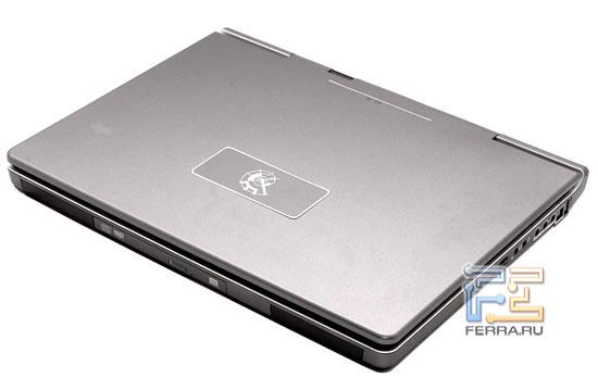 RoverBook Nautilus W790: крышка ноутбука