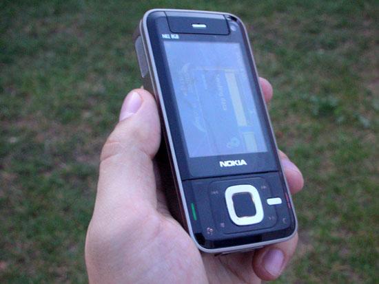 Nokia N81 1