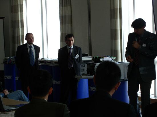 Представители компании Brother: Евгений Данилов (слева) и Николай Тавген (справа)