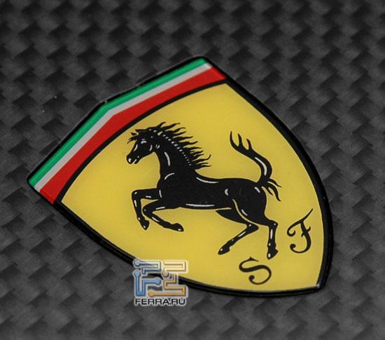 Acer Ferrari 1100: логотип Ferrari