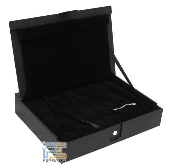 ASUS Lamborghini VX3: коробка