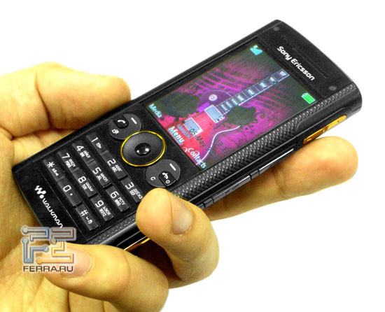 Sony Ericsson W902 1