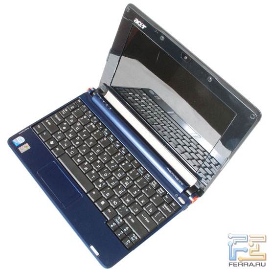 Acer Aspire One: внешний вид в открытом состоянии 3