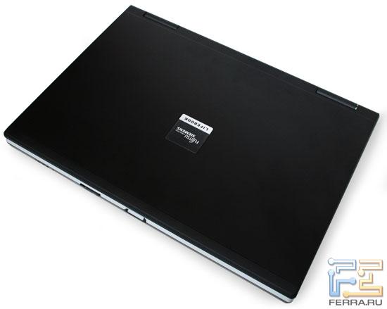 Fujitsu Siemens Lifebook E8420: внешний вид в закрытом состоянии