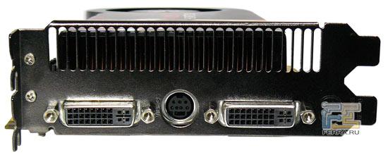 Периферийные разъемы на видеокарте Force3D Radeon HD 4870 X2