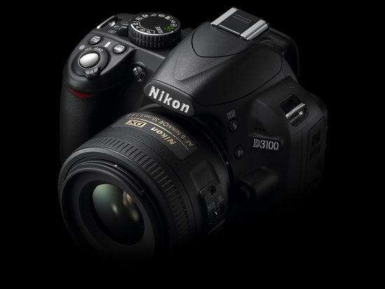 Nikon D3100 - групповой вид