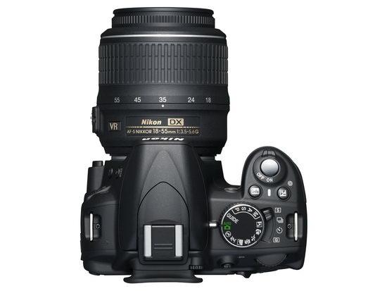 Nikon D3100 - облик сверху