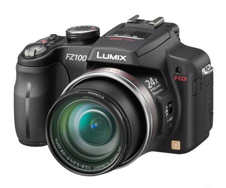 С лица Lumix FZ100 сильно напоминает зеркалку, неужто что размеры поменьше