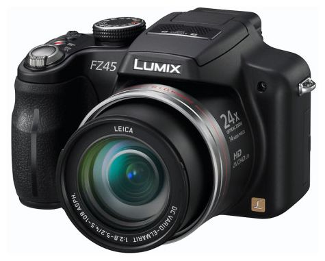 Lumix FZ45 - вид спереди: объектив, рукоятка, встроенная вспышка, кнопка спуска