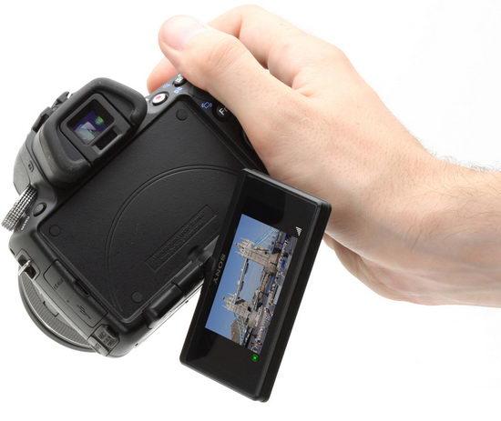 Визирование по дисплею в Sony Alpha A55 сильно удобно