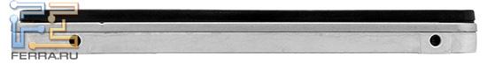 Боковые отверстия используются для фиксации диска в 2,5