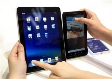 Apple iPad � Samsung Galaxy Tab