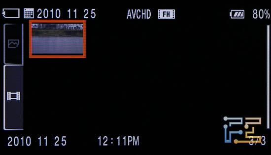 Дисплей Sony SLT-A33 в режиме отображения фотографий