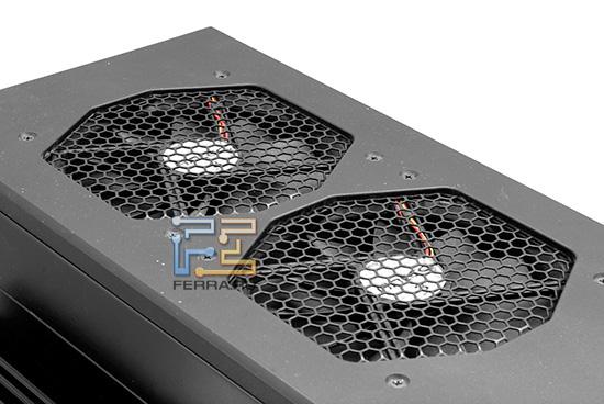 Два больших вентилятора способствуют лучшему охлаждению