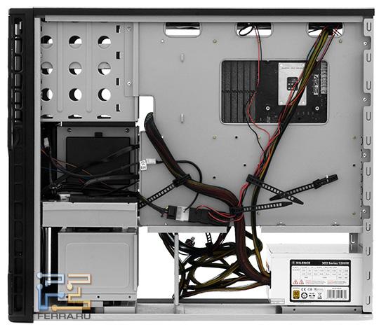 Корпус может похвастать богатыми возможностями для аккуратной укладки кабелей
