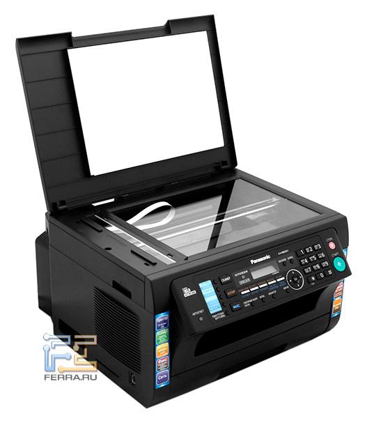 Сканер снабжен отдельным окошком для сканирования листов, подающихся автоматически, и все-таки сам агрегат автоподачи отсутствует