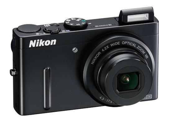 Nikon Coolpix P300: внешность спереди
