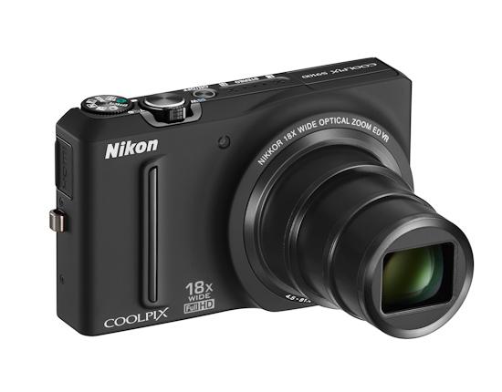 Компактная камера Nikon Coolpix S4100: вид спереди