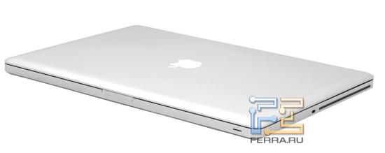 Apple MacBook Pro 17 в закрытом состоянии