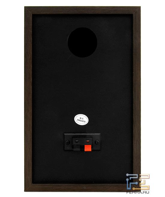 Тыльная сторона пассивной колонки Konoos KNS-D200