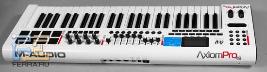 MIDI-клавиатура M-Audio Axiom PRO 49, вид сзади