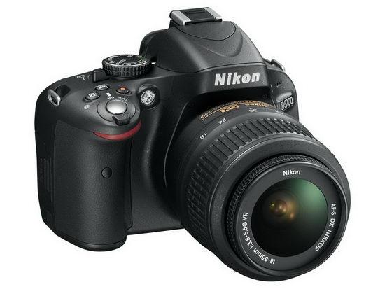 Nikon D5100 с китовым объективом 18-55 mm F/3.5-5.6 VR