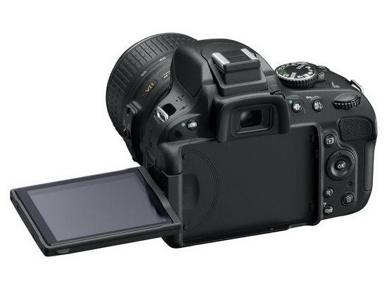 Поворотный дисплей Nikon D5100