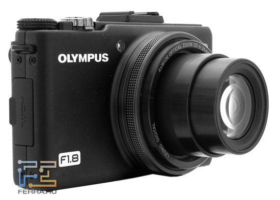 Olympus XZ-1 во включенном состоянии