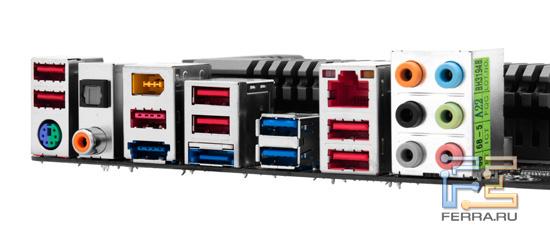 Набор портов материнской платы Gigabyte GA-Z68X-UD4-B3