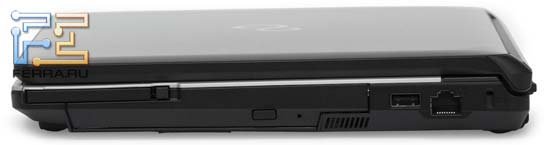Правый торец Fujitsu LIFEBOOK S761: оптический привод, ExpressCard/54, USB, RJ-45, Kensington Lock