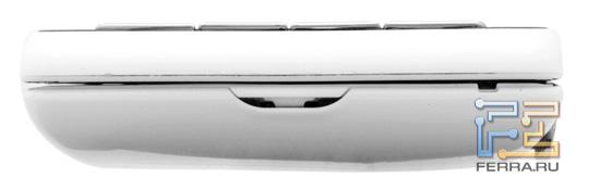Нижний торец корпуса Sony Ericsson Xperia Play