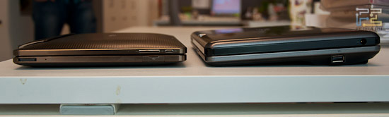 Сравниваем толщину Acer Iconia Tab W500 и Asus Transformer (клавиатуры пристегнуты)
