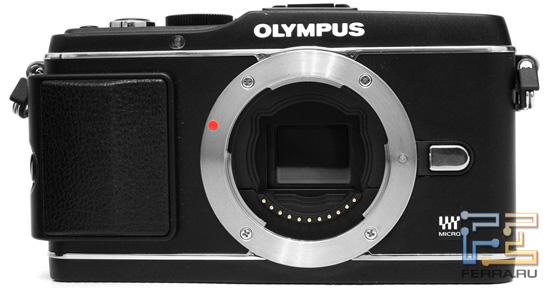 Olympus PEN E-P3. Вид спереди