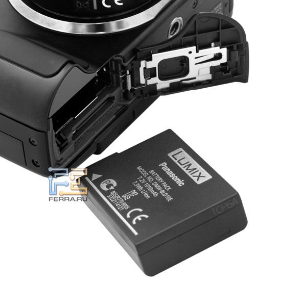 Отсек для батареи и карты памяти в Lumix G3 унифицирован