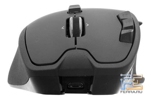 Передний торец Logitech Gaming Mouse G700 и разъем micro-USB