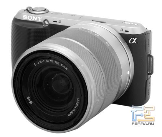 Sony NEX-C3: вид спереди