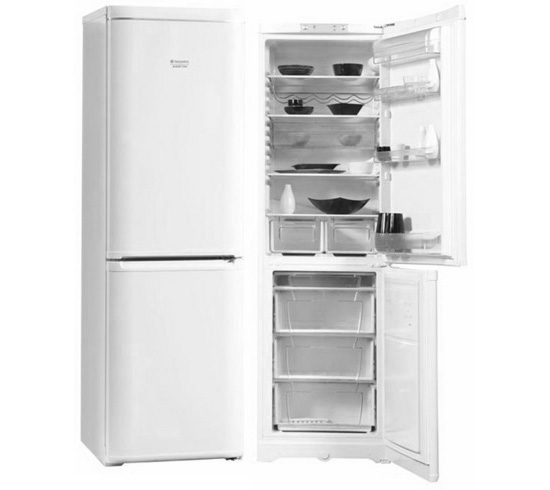 Холодильник Hotpoint-Ariston RMBA 2200.L