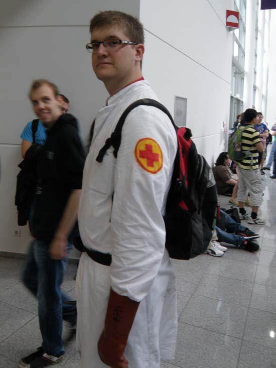 GamesCom 2011 Этому доктору не хватало только фразы О, айм сорри! из Team Fortress 2