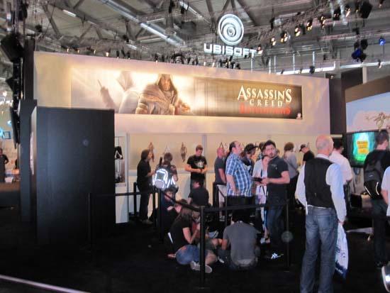 Очередь желающих увидеть Assassin's Creed: Revelations на GamesCom 2011 тоже была приличной