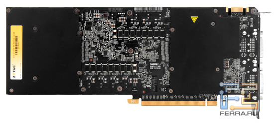 Вид платы Zotac GeForce GTX 590