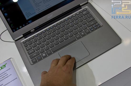 Большой тачпад Acer S3. Впрочем, он меньше, чем у Lenovo U300s