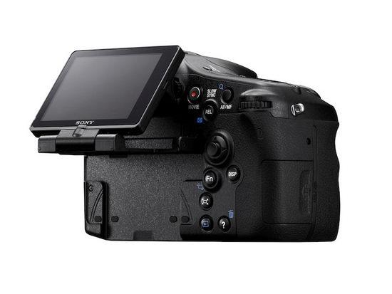 Sony Alpha SLT-A77 – поворотный дисплей нового типа